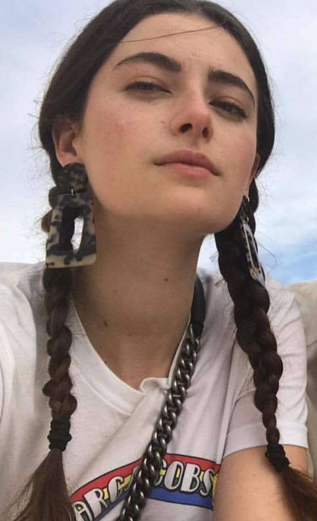 넷플릭스 라스트킹덤 여배우, 마일리 브래디 | 인스티즈