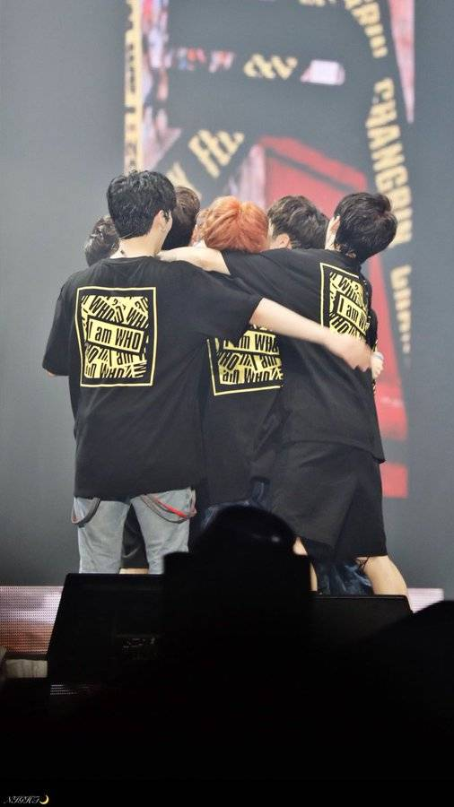 25일(월), ❤스트레이키즈 데뷔 1주년❤ | 인스티즈