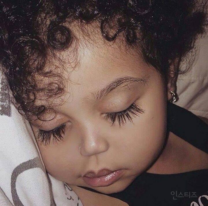 눈이 빠져들 것 같이 예쁜 유명외국아기들 | 인스티즈