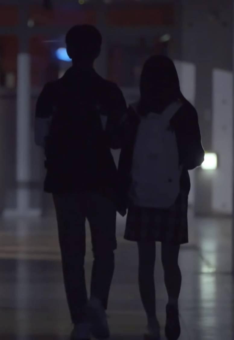 오늘 공개된 00년생 남돌 & 99년생 여돌 키스신.....gif (ㅅㅍ주의) | 인스티즈