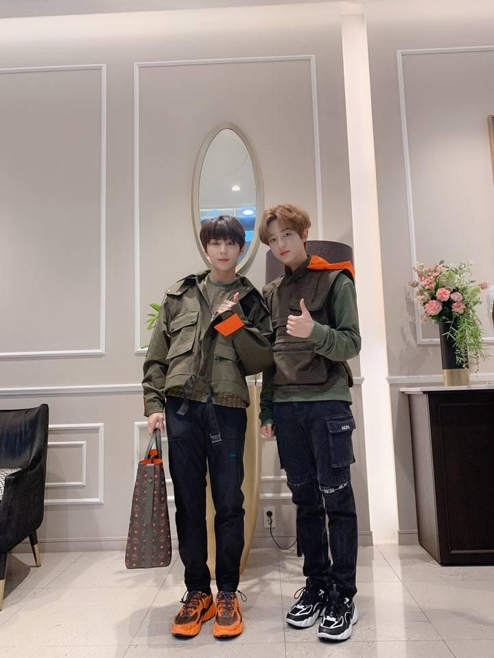 23일(금), MCM 2019 A/W 컬렉션 골든차일드 Y, 재현 참석🎳   인스티즈