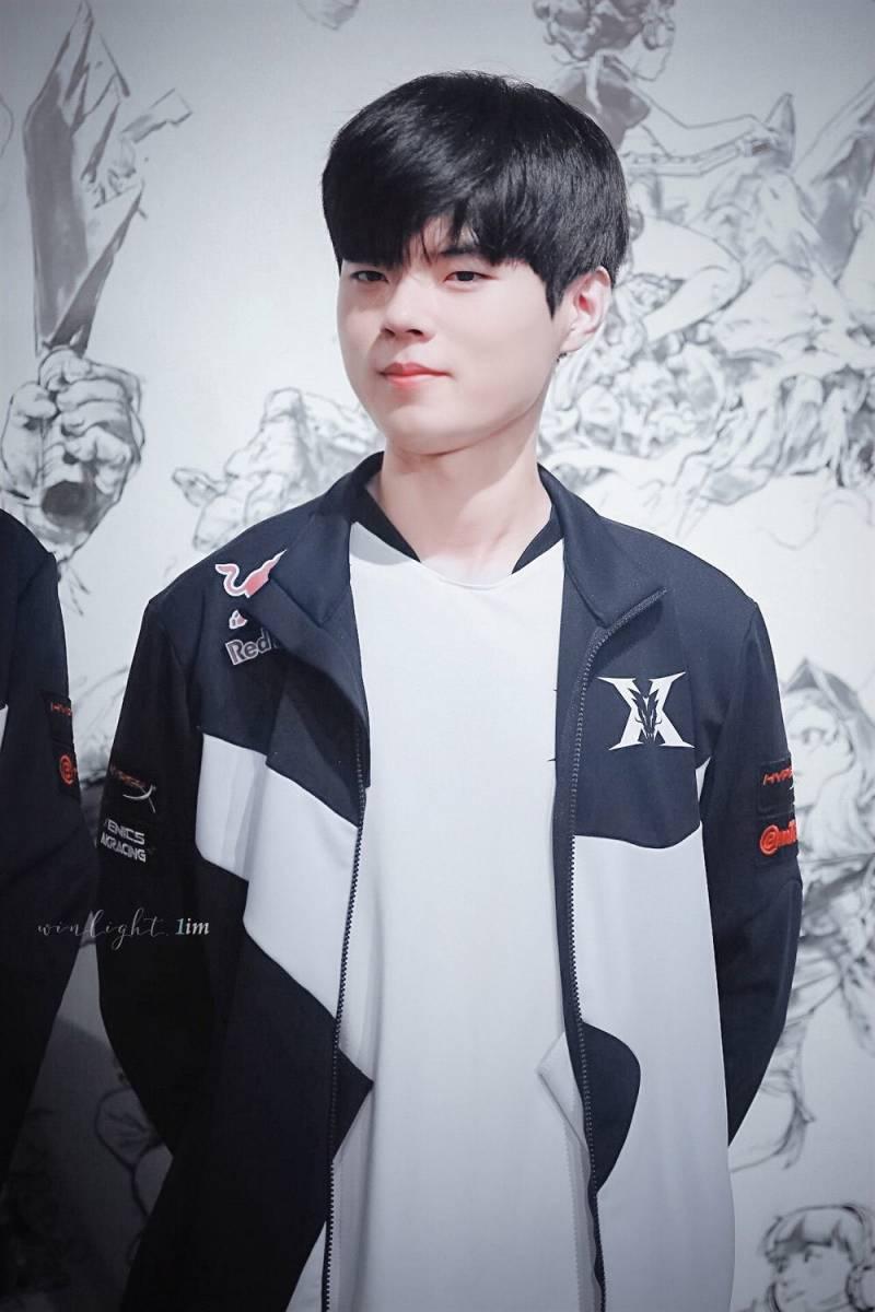 23일(수), 🦙데프트 김혁규(프로게이머) 생일🦙 | 인스티즈
