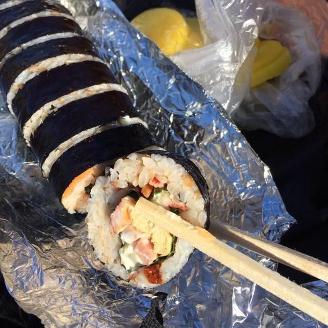 제주도애서 엄청 유명하다는 어느 김밥집...jpg | 인스티즈