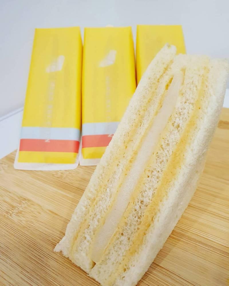 어제 새로 출시된 홍루이젠 샌드위치 근황.....jpg | 인스티즈