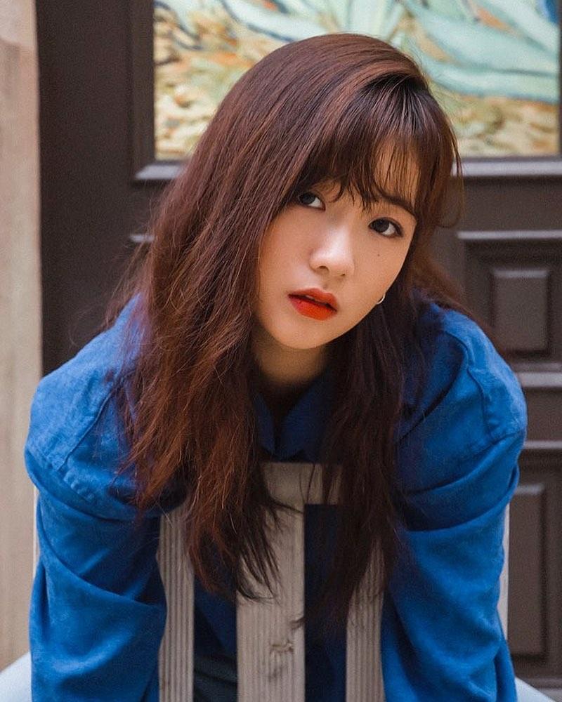 윤보미가 총 55000원어치 빈티지 구제옷들 입고 찍은 화보 (부제 : 패완얼) | 인스티즈