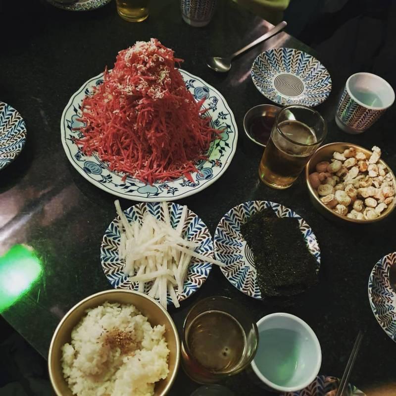 신촌 장미여관 눈꽃육회 비주얼.......jpg | 인스티즈