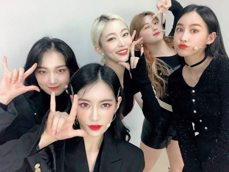 10일(월), 🌹♥️희나피아 데뷔 100일🌹♥️ | 인스티즈