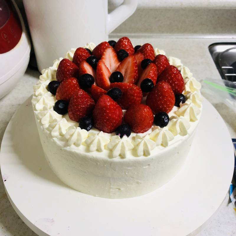 친구 생일 딸기 케이크 | 인스티즈