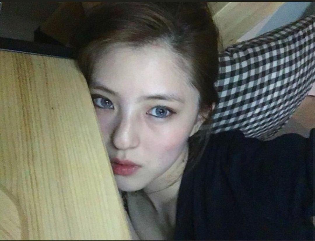 한소희 과거 진짜 짱임....한국에서는 처음보는 여배우 느낌이야 | 인스티즈