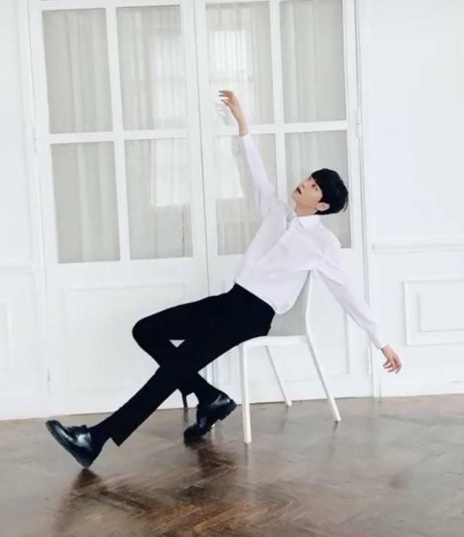 2일(목), 💙이진혁 - 정오의 희망곡 김신영입니다 ᕦ(ò‿óˇ)ᕤ | 인스티즈