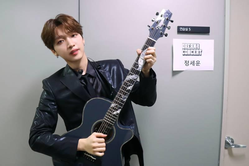3일(목), 🍀정세운🍀 SBS 파워FM <딘딘의 Music High> | 인스티즈