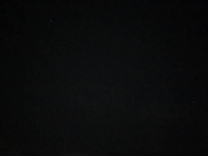 오늘 새벽 4시쯤 찍은 밤하늘 | 인스티즈
