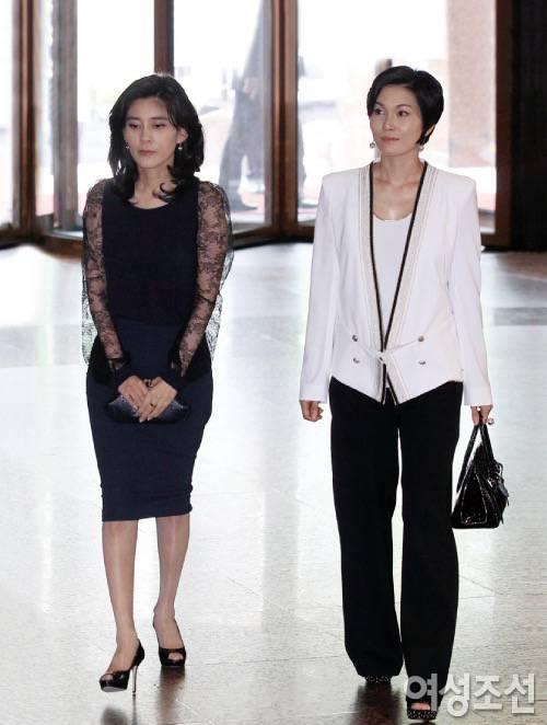 삼성 이부진 이서현이 8년전에 입은 옷이라는데 지금봐도 안촌스럽당   인스티즈