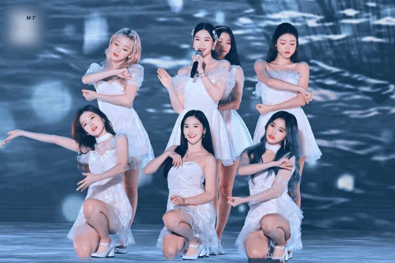 21일(수), 오마이걸 데뷔 6주년 💖💙💛   인스티즈