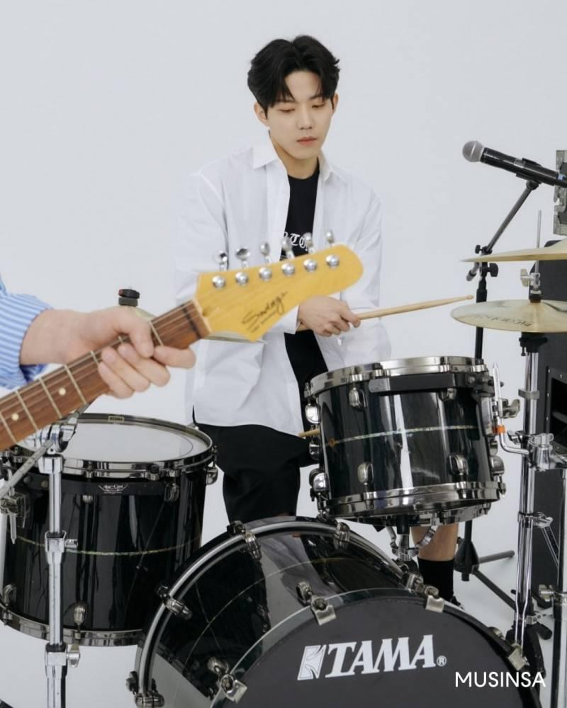 23일(화), 🍋데이식스 무신사 언더톤즈 쇼케이스 발매 | 인스티즈