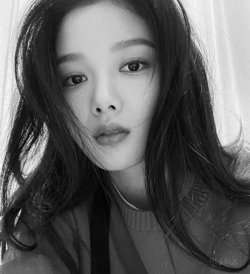 그림 그리기가 취미인 배우 김유정의 그림 실력.jpg | 인스티즈
