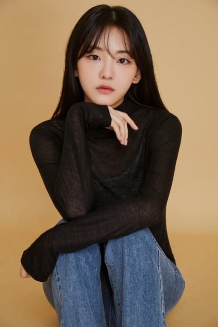 [정보/소식] [단독] 신예 조이현, '학교 2021' 여주인공 낙점 | 인스티즈