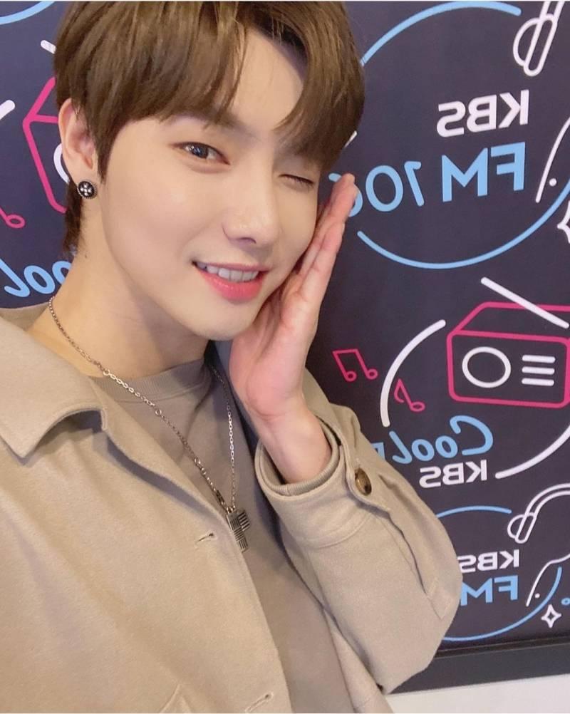 11일(일), 원위 용훈 KBS Cool FM 'DAY6의 키스더라디오' | 인스티즈