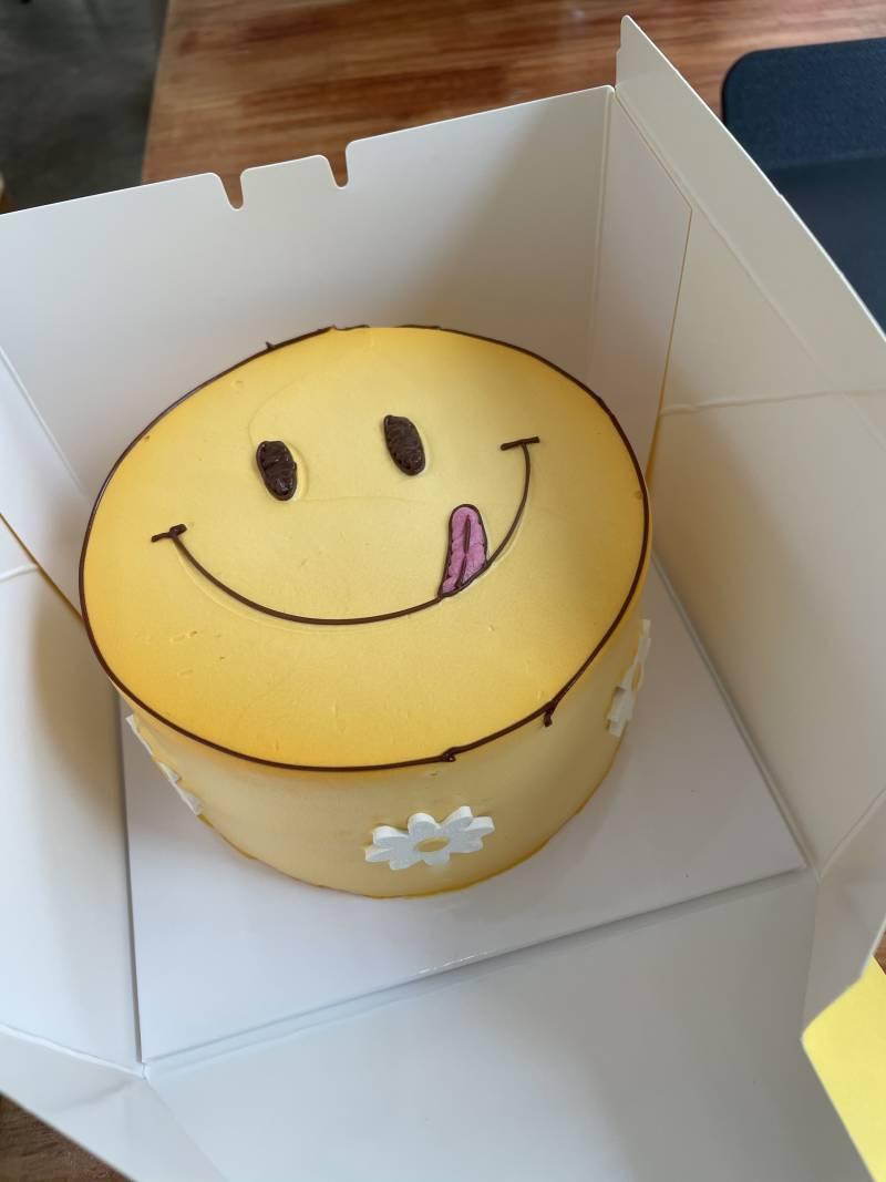 나 생일 케이크로 노티드 받았당 | 인스티즈