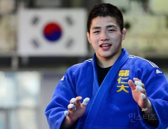 일본 귀화 요청 거부하고 대한민국 국가대표로 나온 선수 | 인스티즈