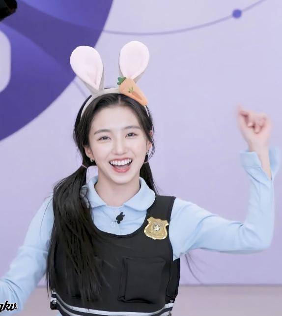 토끼상이 찰떡인 연습생 (feat. 주토피아 주디)   인스티즈