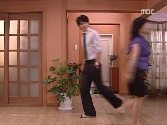 [거침없이하이킥] 범이가 집에 안가는 이유ㅋㅋㅋㅋㅋ(범이엄마 등장).jpg | 인스티즈