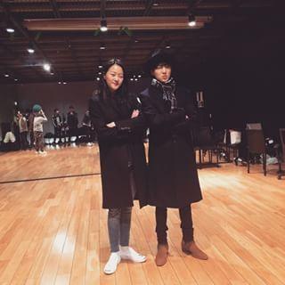 서로의 소속사에 방문하면 눈이 피로할것 같은 SM과 YG | 인스티즈