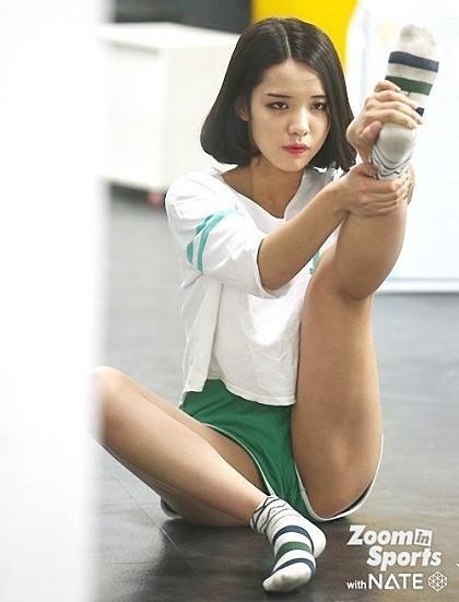 고등학생 치어리더로 유명했던 신유진 양.jpg | 인스티즈