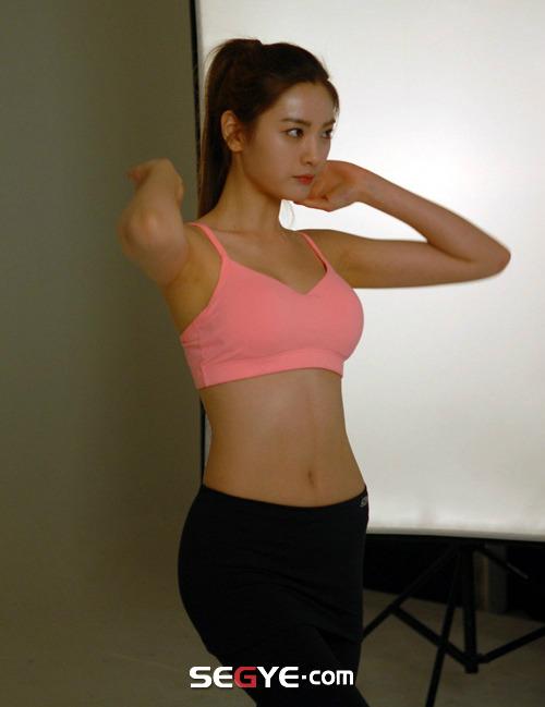 나나 몸매 | 인스티즈