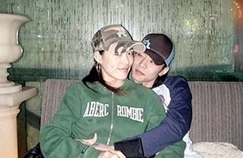 커플 사진 유출됐던 아이돌 모음.jpg | 인스티즈