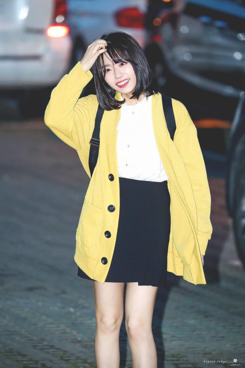 봄 기운 물씬 나는 오늘자 김소혜 라디오 출근길.jpg | 인스티즈