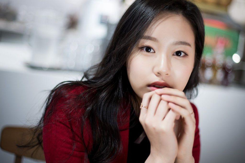 드라마 SKY캐슬 '혜나'-'예서'-'세리' 트리오 디스패치 화보.jpg | 인스티즈