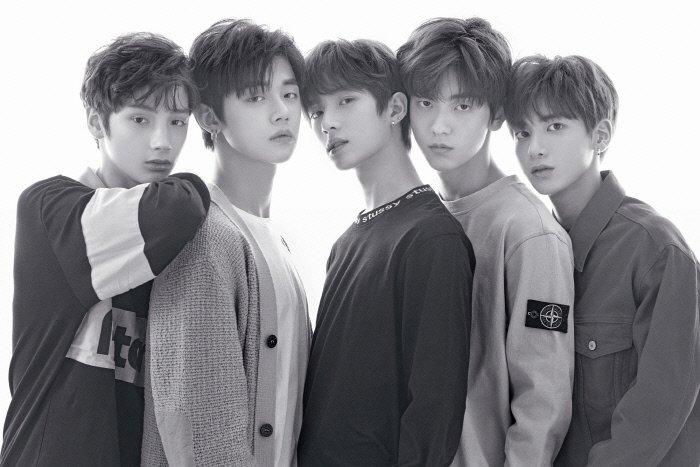 방탄소년단 동생그룹 '투모로우바이투게더', 3월 4일 Mnet 단독 특집쇼로 데뷔 확정 | 인스티즈