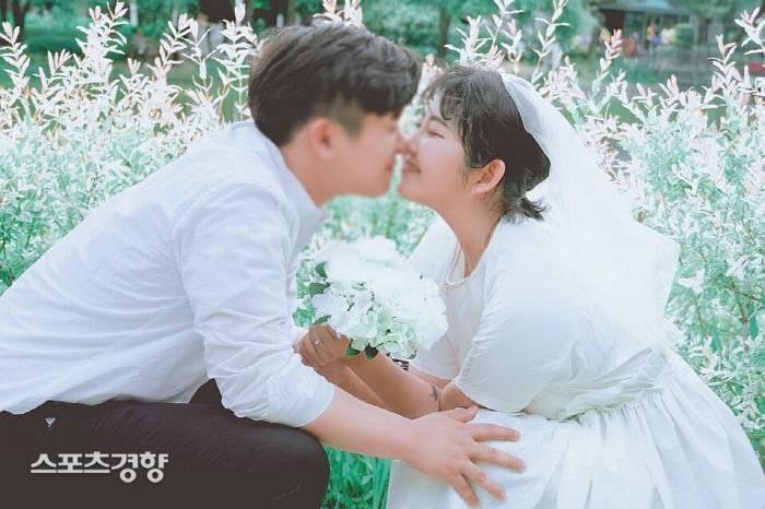 """""""사랑보다 값진 건 없다"""" 최준희양, 연인과 행복한 근황 공개   인스티즈"""
