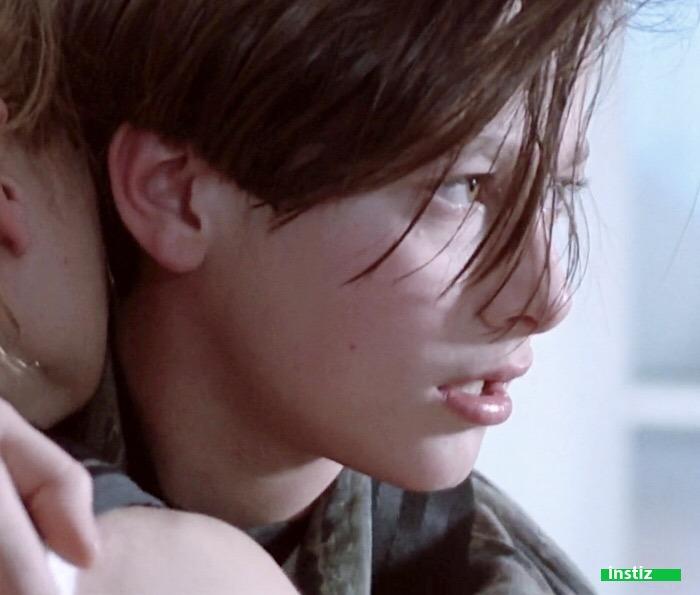 '위태로운 청춘, 미소년' 하면 떠오르는 90년대 헐리우드 미남 배우 두 명.jpgif   인스티즈