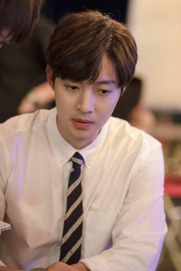 10일(토), 김현중 디지털 싱글 'Salt' 발매 | 인스티즈