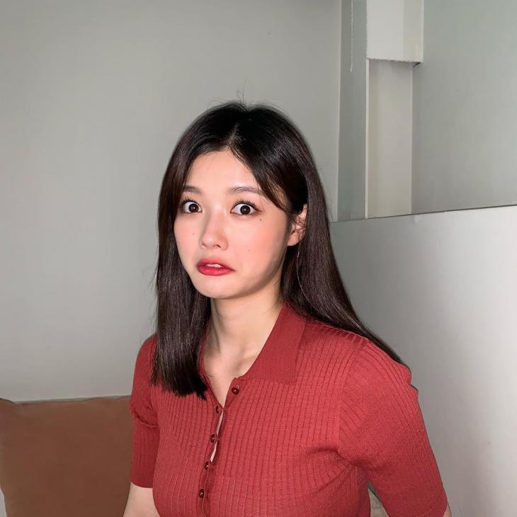 김유정, 숏단발→중단발…나이 21살 매일 리즈 갱신 중인 여배우 | 인스티즈
