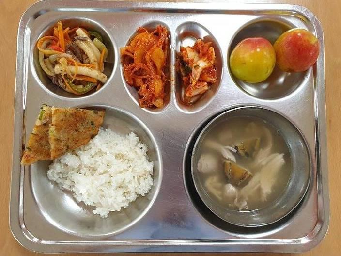 요즘 학교 급식...jpg | 인스티즈