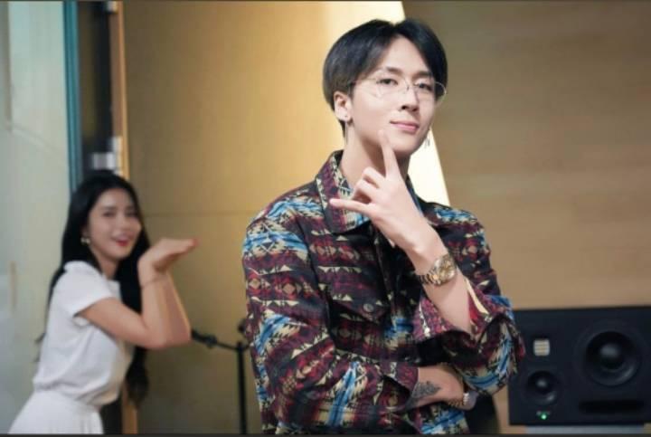 여아이돌과 남아이돌의 3년만의 투샷.jpg | 인스티즈