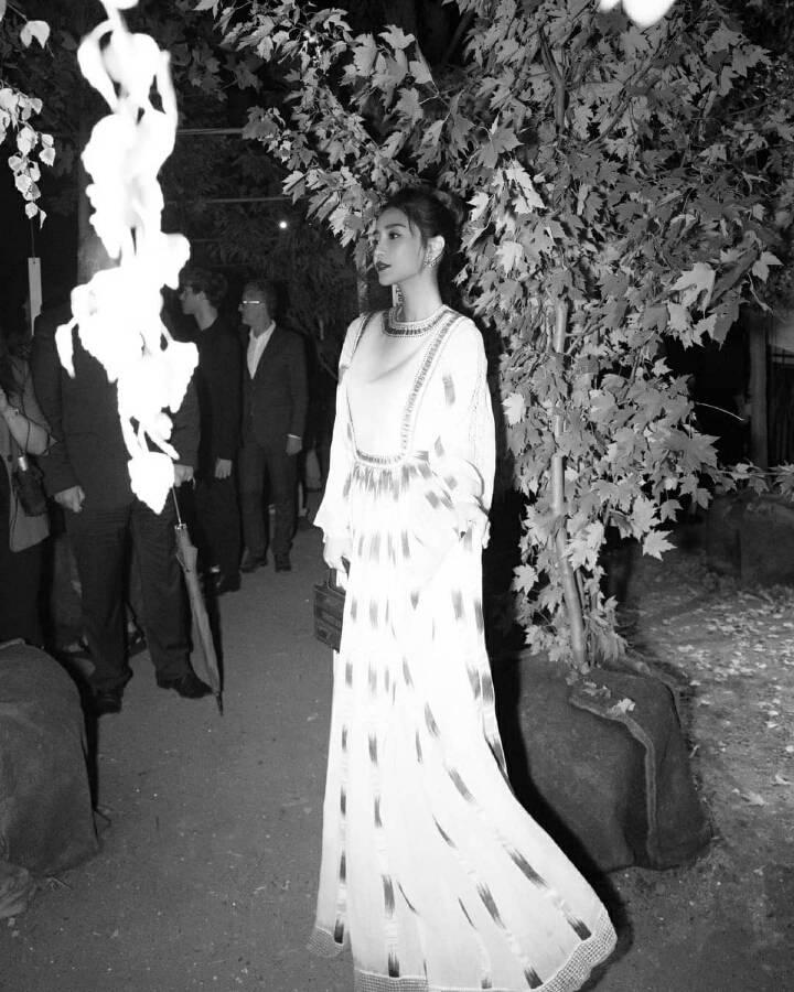 파리 디올쇼 참석한 안젤라 베이비 | 인스티즈