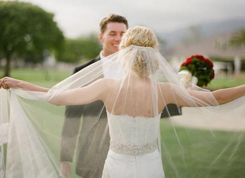 결혼식에서 춤췄다고 이혼하자네요 | 인스티즈