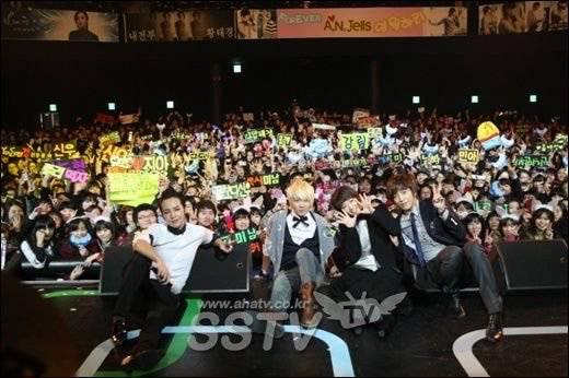 우리나라 아이돌 팬덤중에 제일 쿨한 팬덤.jpg | 인스티즈
