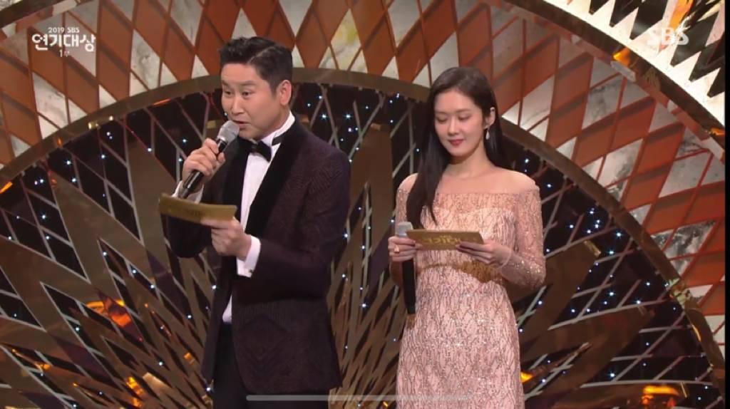 이번 SBS 연기대상에서 예정에도 없던 홍보효과 제대로 누린 야나두 정석   인스티즈