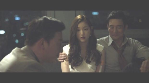 영화 베테랑에서 박소담.gif | 인스티즈