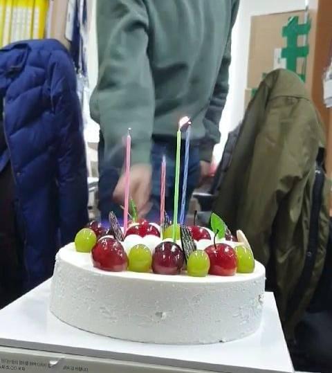 이 시국 생일케이크 촛불 소화법 | 인스티즈