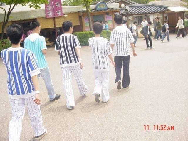 2004년경 유행했다는 중학생 패션.jpg   인스티즈
