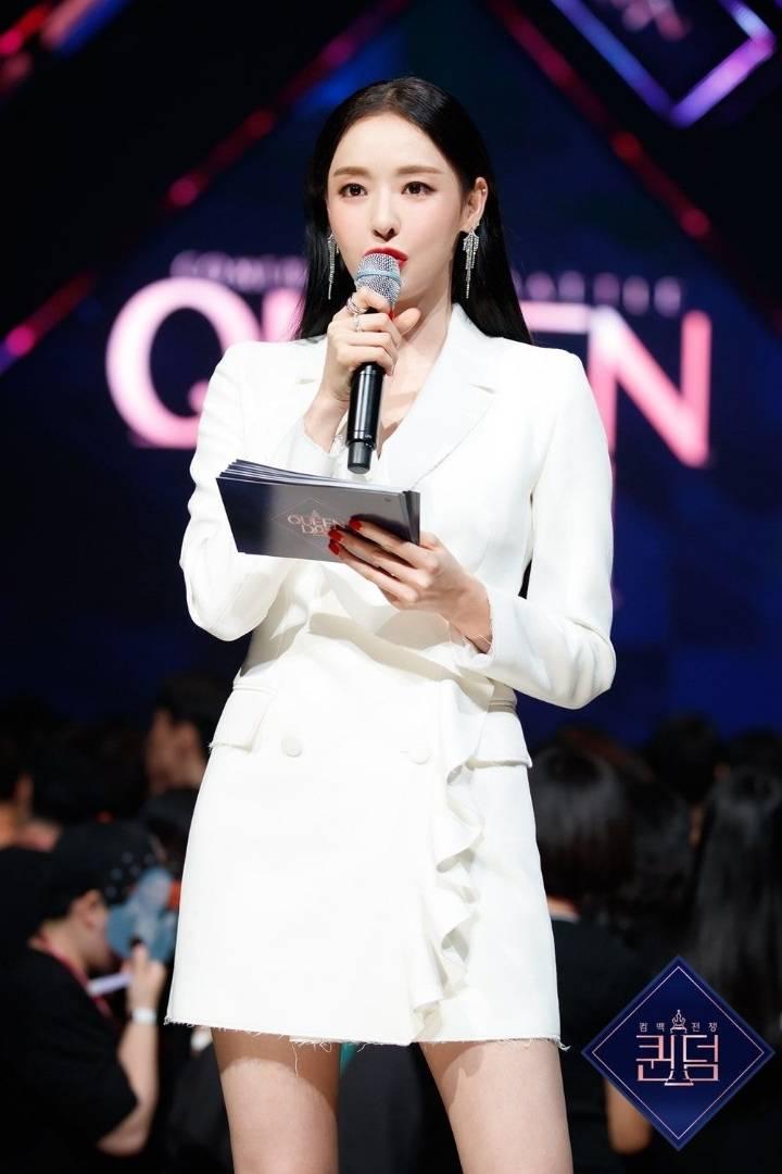 같은 옷 입은 이다희(175cm) 신혜선(171cm).jpgif | 인스티즈