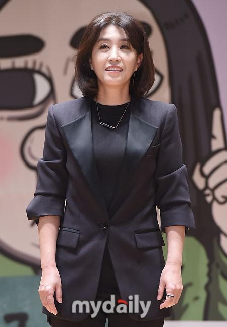 [단독] '하이바이 마마' 김미경, 맹장수술 투혼..회복 후 촬영장 복귀 | 인스티즈