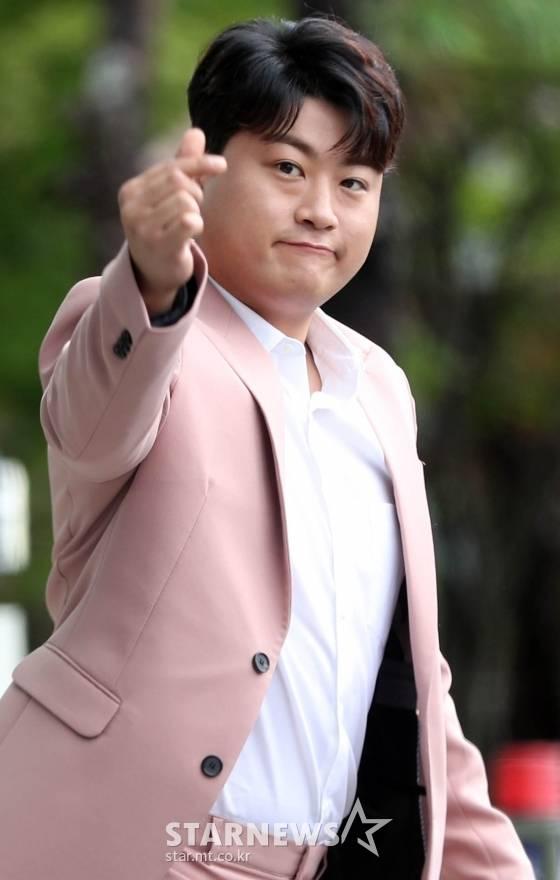 [단독] 김호중, 前여자친구 논란 속 스케줄 소화..돋보이는 프로의식 | 인스티즈