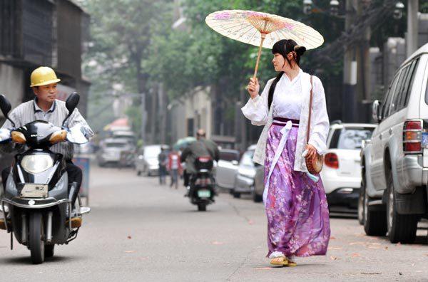갑자기 한푸 입기가 유행중인 중국.jpg | 인스티즈